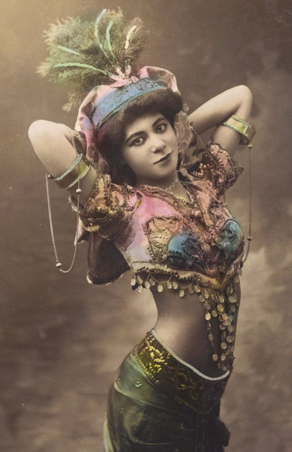 7h-belly-dancer-circa-1905