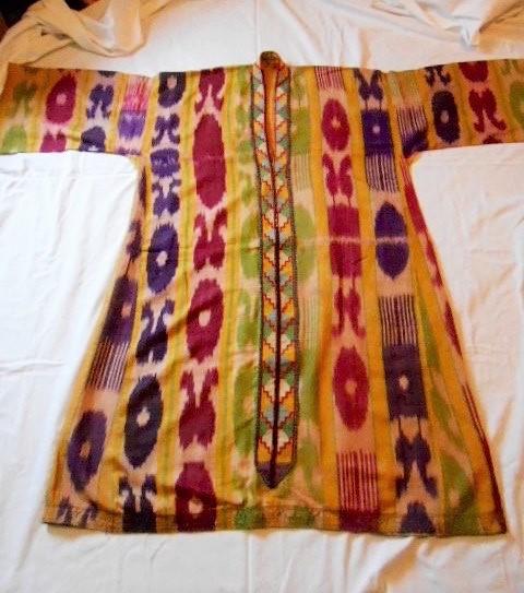 uzbek-dress-at-bijoux-trading-company