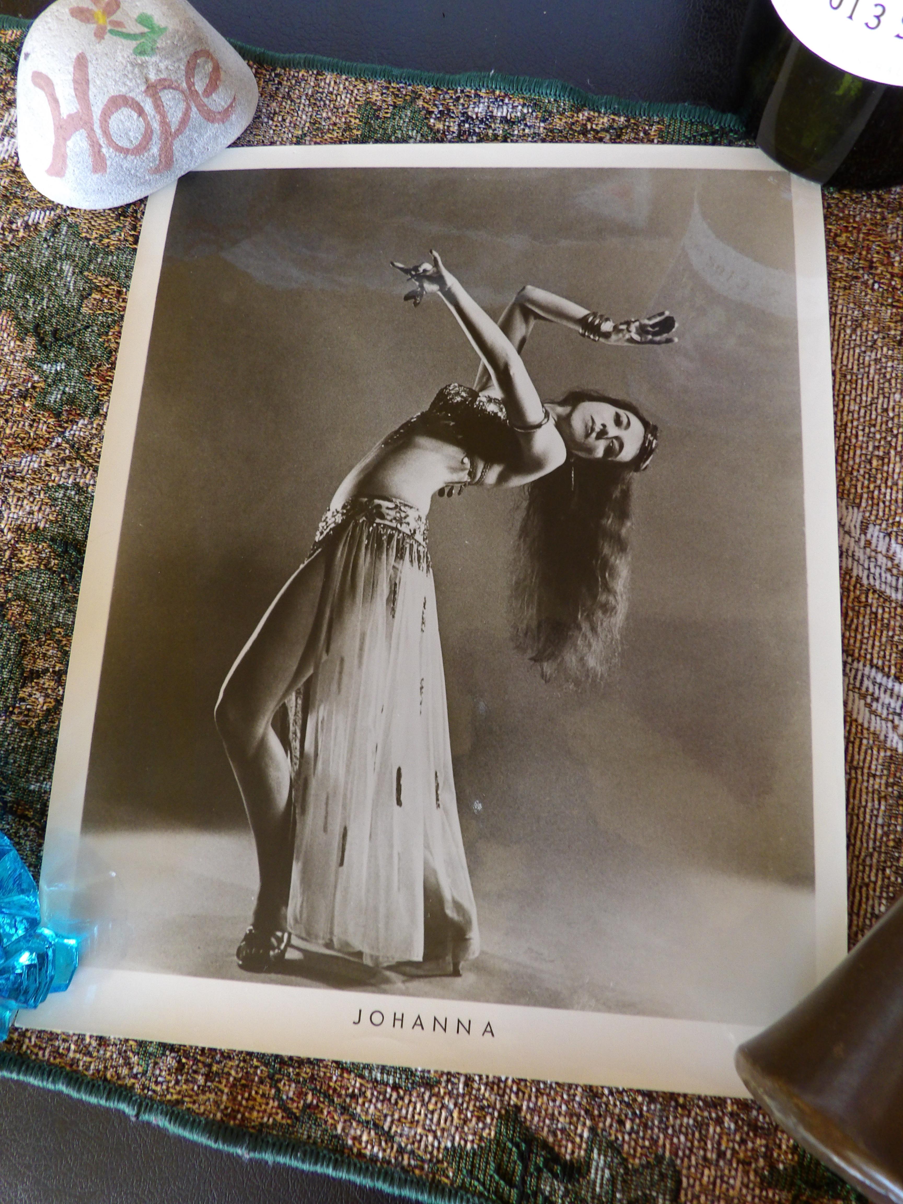 Johanna Leanback by Martha Swope 2.JPG